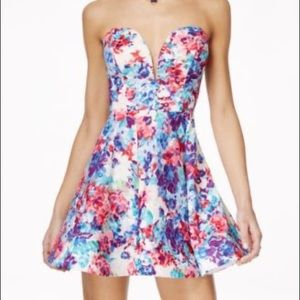 B Darlin Junior Plus Strapless Floral Dress  14/15